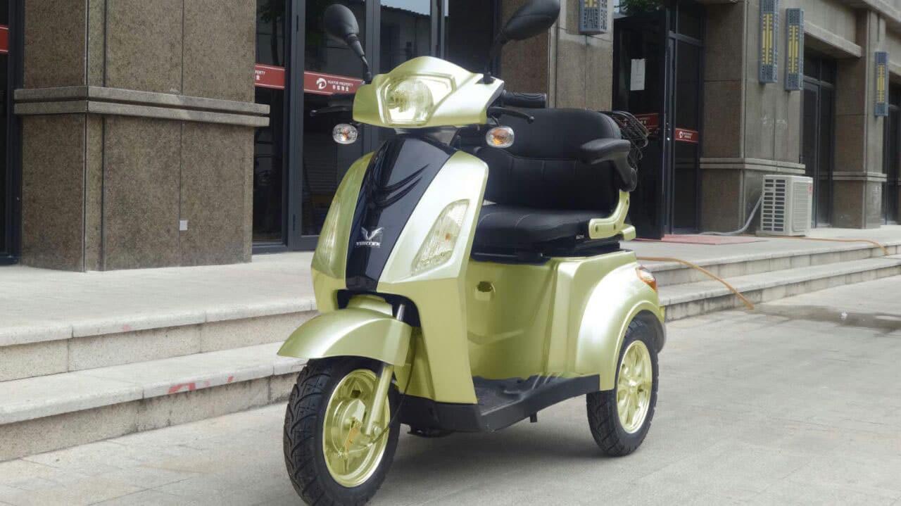 קלנועית מדהימה ובטיחותית באתר
