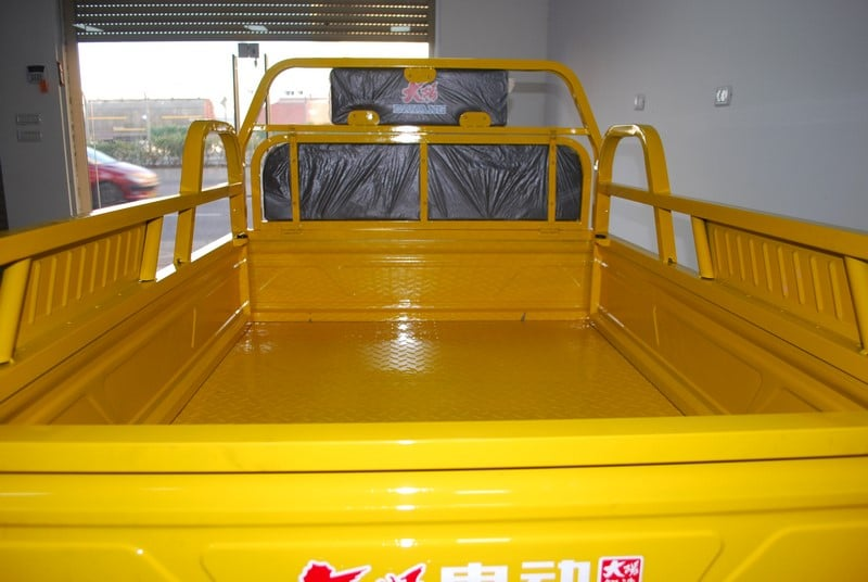 רכב דגם דגרון רכב תפעולי איכותי