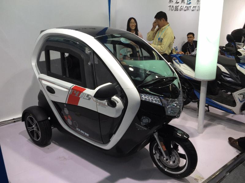 רכב חשמלי תפעולי ספיריט 2000